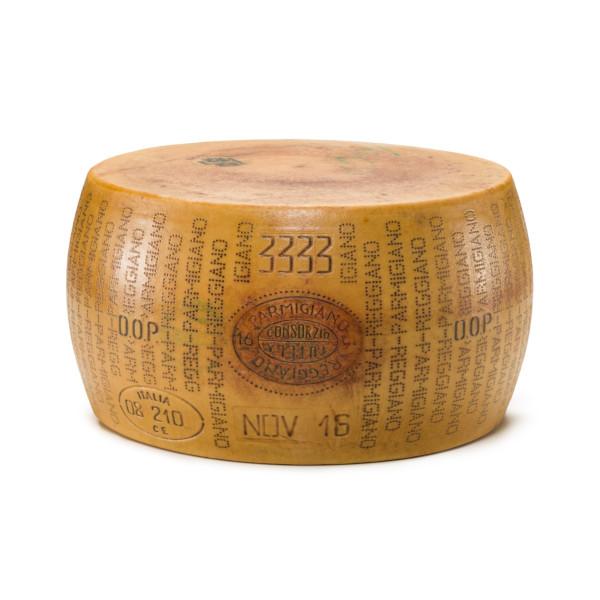 Parmigiano Reggiano Forma intera