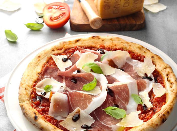 Pizza-Parmigiano-Reggiano-San-Pier-Damiani-interna